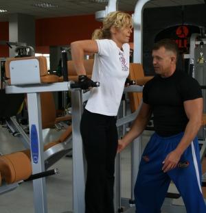 e10c18f094e4c Wizyta na siłowni - jak to wygląda  kluby-fitness instruktor fitness